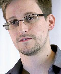 Edward_Snowden-web